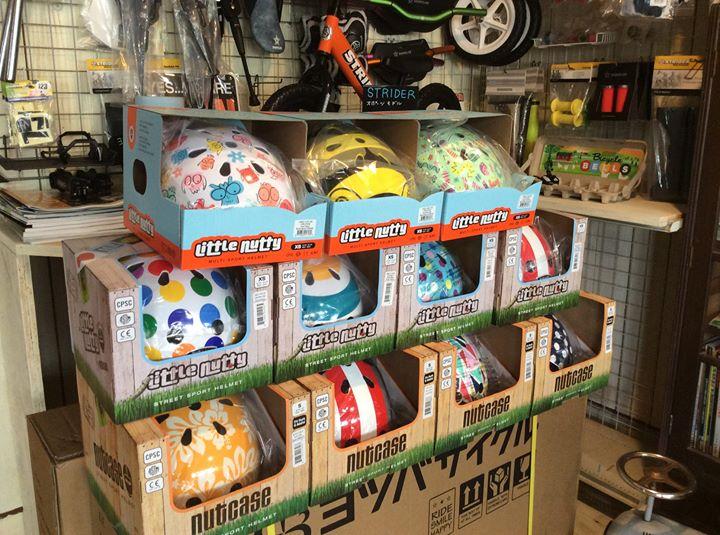 アメリカブランドのヘルメット、ナットケース入荷しました!